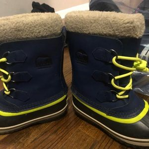 Sorel Waterproof Winter Snow Boots Blue & Neon